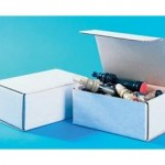 BOX-WHITE-MAIL-4X4X2